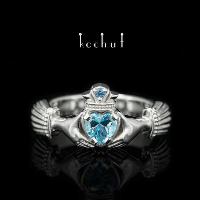 Кладдахское кольцо. Серебро, топазы, белый родий