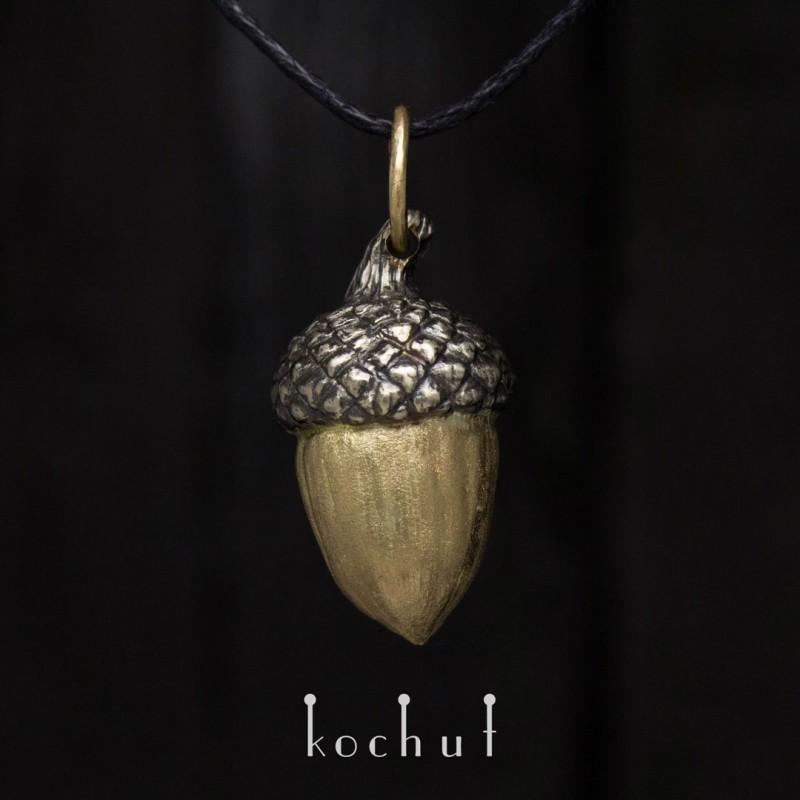 "The pendant ""Acorn"". White, yellow gold"