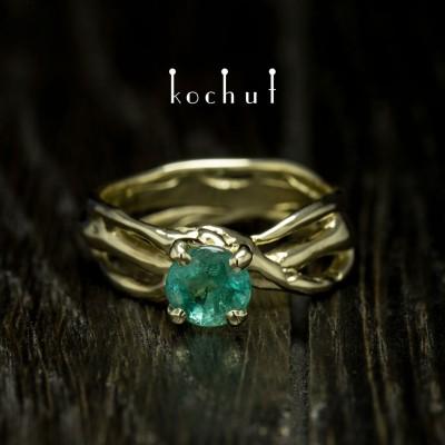 Prsten «Hvězdička moje». Žluté zlato, smaragd