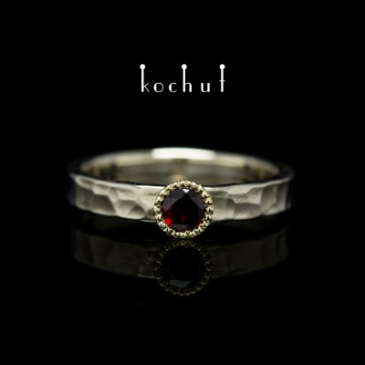 "Ring ""The Vitamin"". White, yellow gold, red garnet"