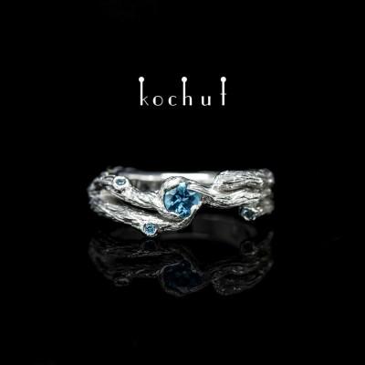 Prsten «Větvička». Bílé zlato, bílé rhodium, topazy