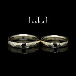 Classic Wedding Rings with forging Light. White gold