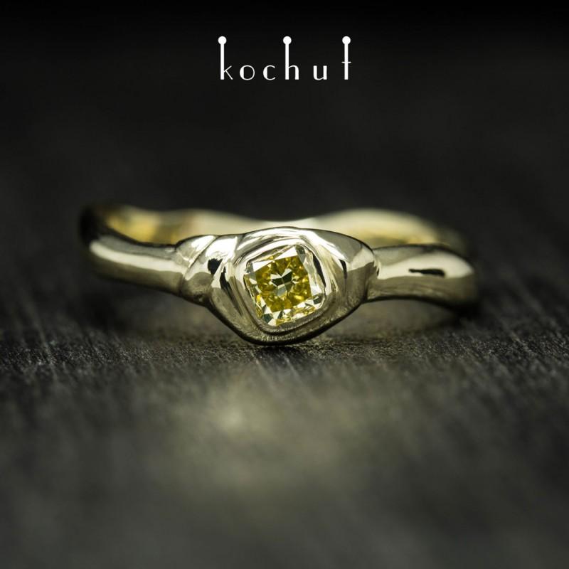 Каблучка на заручини «Мантра душі». Жовте золото, жовтий діамант