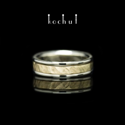 The ring «Memoria. Kinematic». White and yellow gold