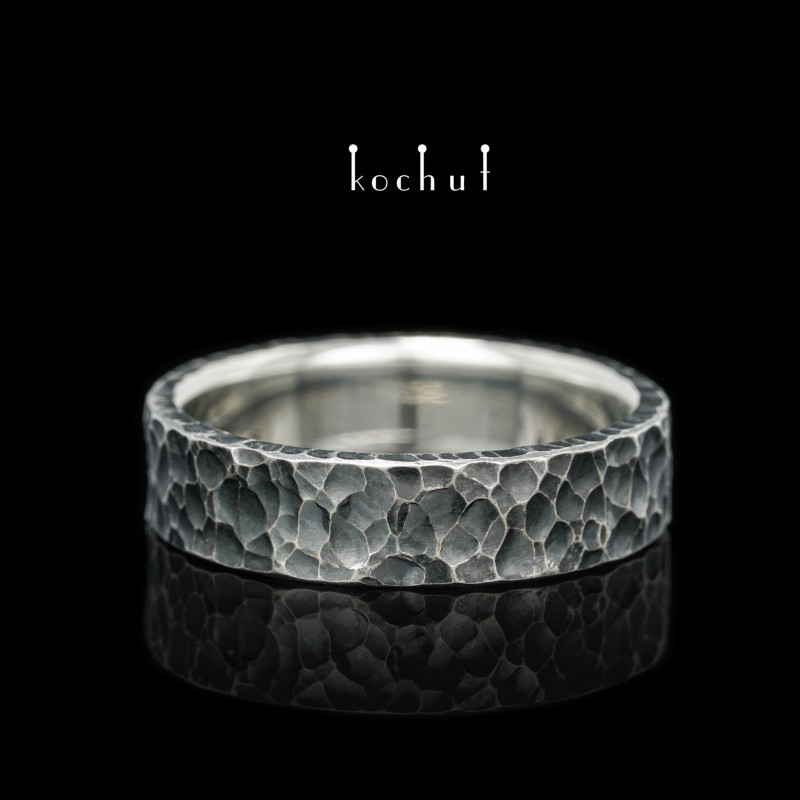 Prsten s kováním Extra. Stříbro, oxidace