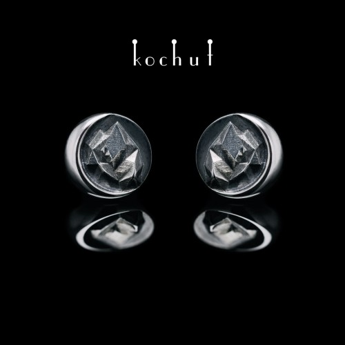 Earrings-pouches ofthe «Top ofLove». Silver, oxidation