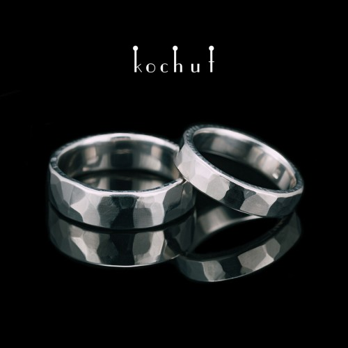 Wedding rings with forging Light. Silver, white rhodium