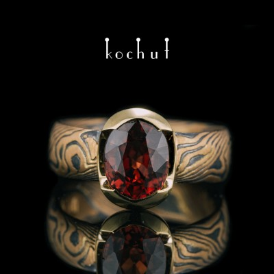 Ring mocume «Sophora. Nectar». Red and yellow gold, etched silver, oxidation, garnet