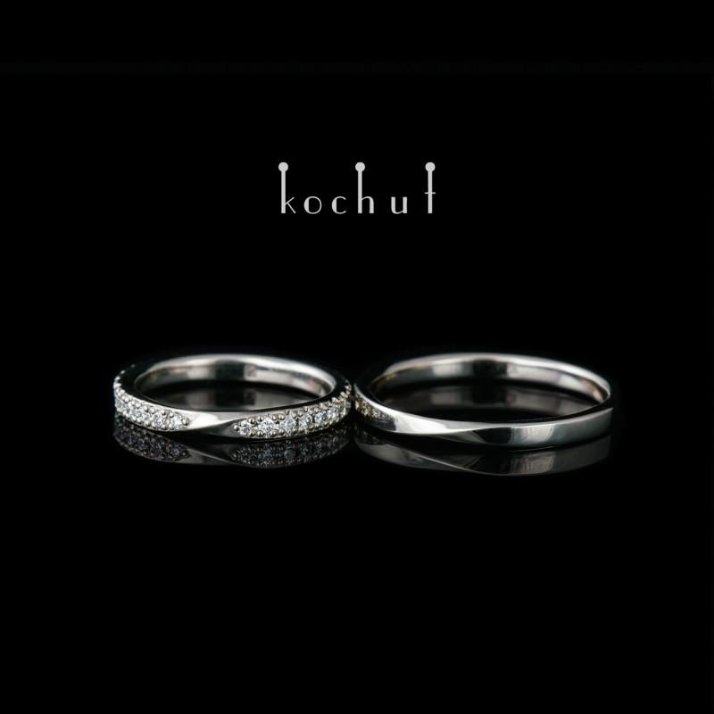 Зауженные обручальные кольца «Лента Мебиуса». Палладиевое золото, бриллианты