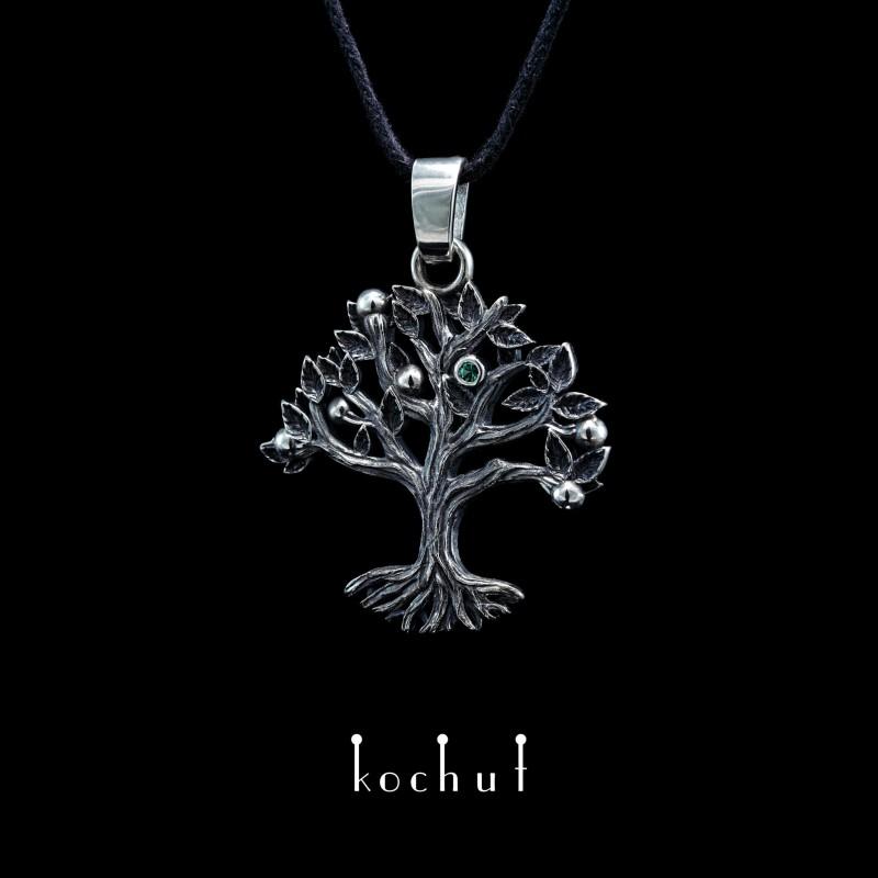 Кулон «Дерево життя». Срібло, оксидування, смарагд