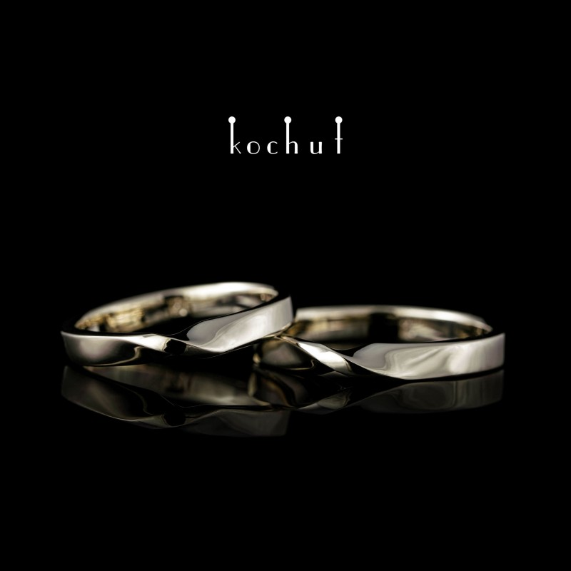 Classic wedding rings «Mobius ribbon». White gold