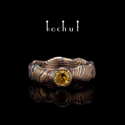 Кольцо мокуме «Северное сияние» (бесшовная). Красное золото, травленое серебро, сапфир