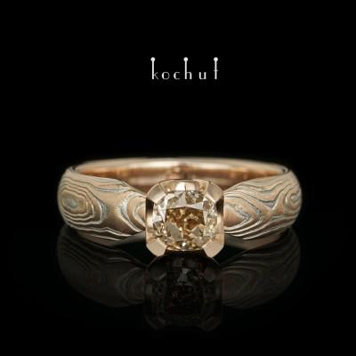 Кольцо мокуме «Сибуй». Красное золото, травленое серебро, бриллиант