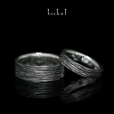 Flat-shaped wedding rings «Tree bark». Silver, oxidation