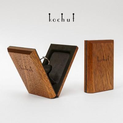 Engagement jewellery box «Twist». Swivel mechanism, mahogany, oil