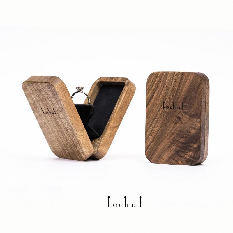 Скринька на заручини «Twist: закруглені кути». Поворотний механізм, горіх, масло