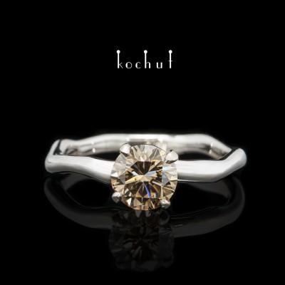 Каблучка на заручини «Ніжні обійми». Паладієве золото, коричневий діамант