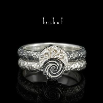 Dvojitý prsten «Nebeský oheň». Stříbro, oxidace