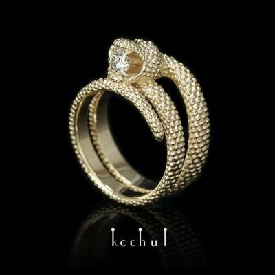 Prsten «Láska vzpurná». Žluté zlato, brilianty
