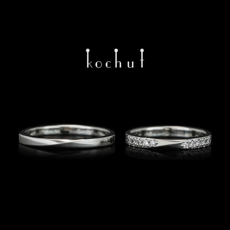 Narrowed wedding bands «Mobius ribbon». Platinum, diamonds